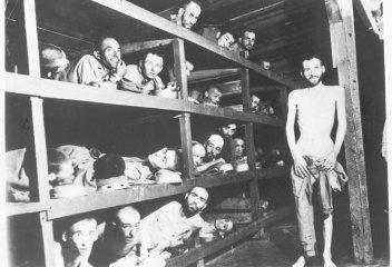 Nederlandse oud-gevangenen van kamp Buchenwald